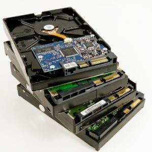 TRDI DISKI (IDE & SATA) od 80GB-1TB
