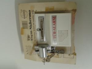 Alarmna varnostna ključavnica za vrata.